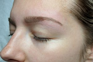 up close of eyebrows